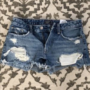 Abercrombie & Fitch Shorts - Abercrombie & Fitch Low Rise Denim Shorts